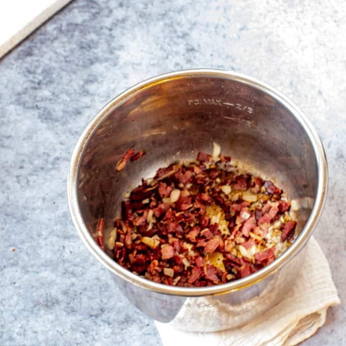 Bacon cooking in an Instant Pot.